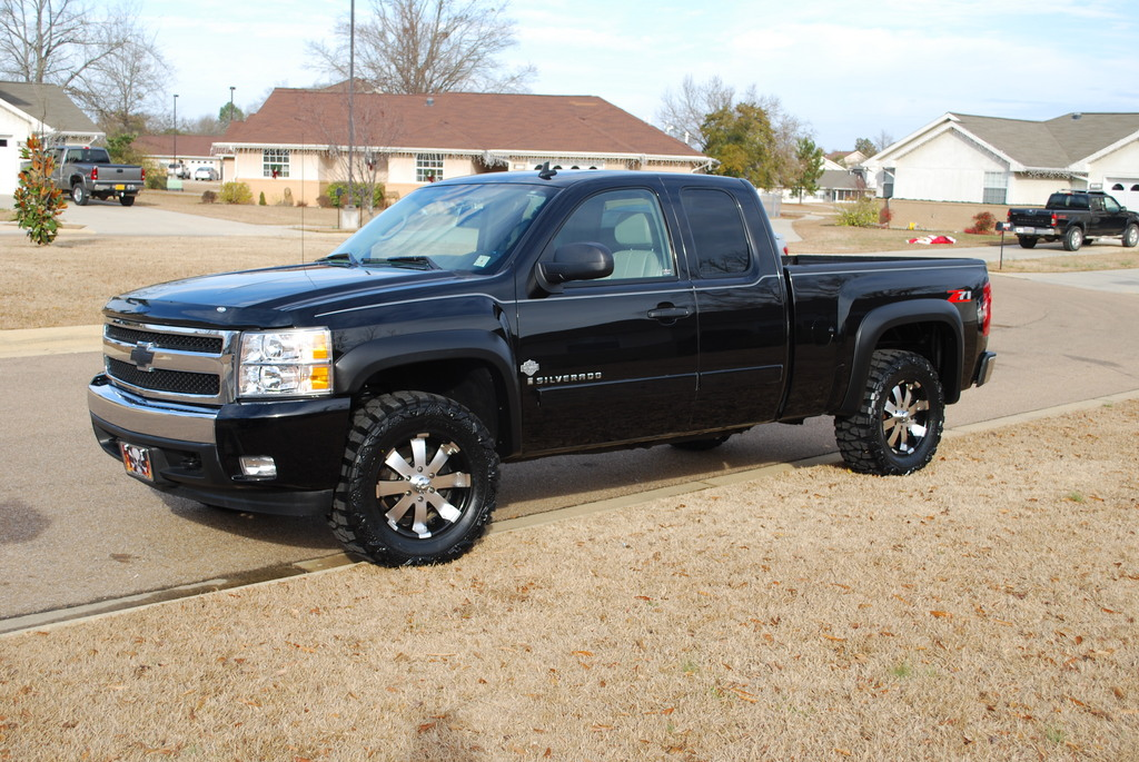 chevy silverado 1500 with new ultra wheels is just right. Black Bedroom Furniture Sets. Home Design Ideas