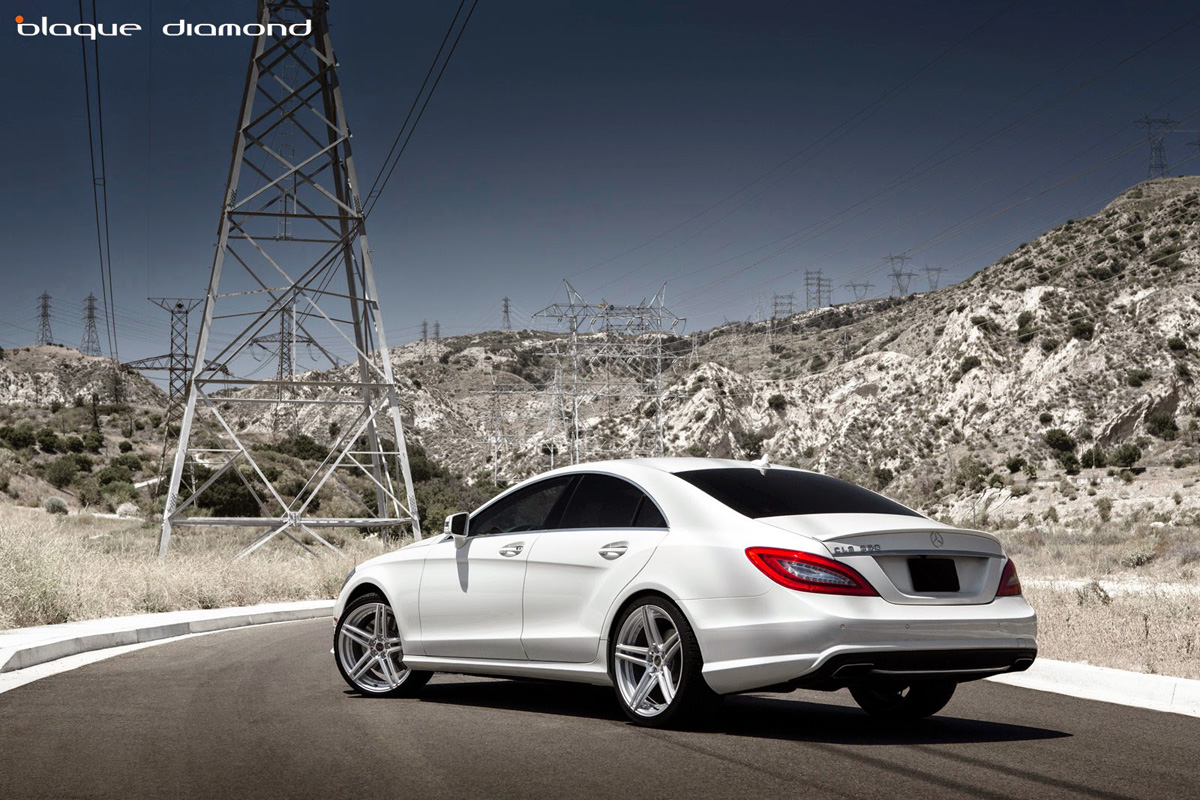 Sleek and stylish mercedes benz s550 with blaque diamond for Mercedes benz 20 inch rims