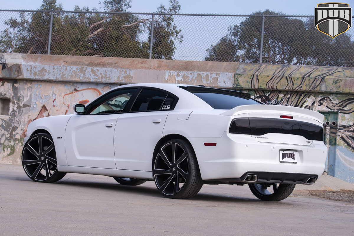 this dodge charger with dub wheels is pure american muscle wheelhero. Black Bedroom Furniture Sets. Home Design Ideas