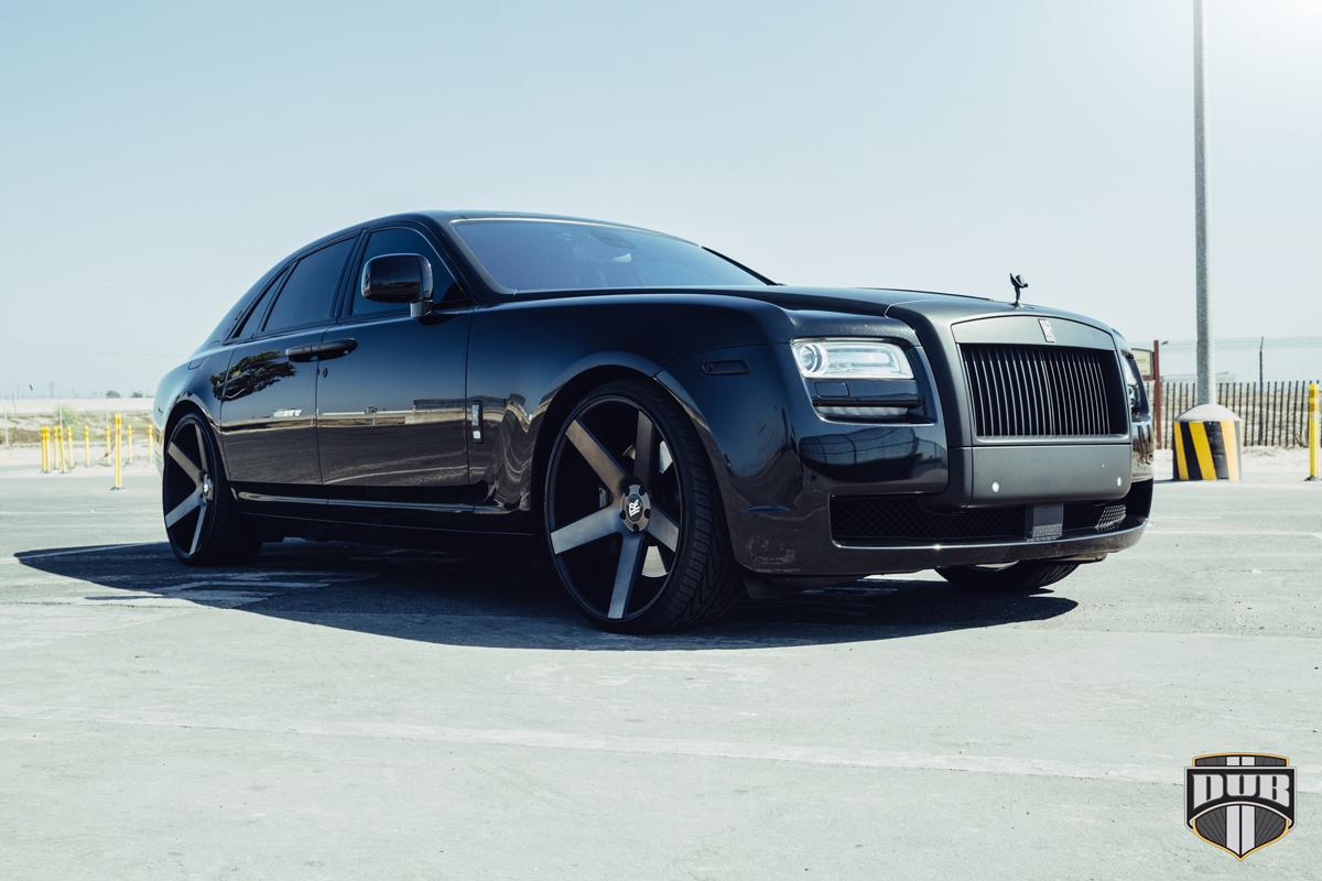 Rolls Royce Wraith For Sale >> Go Big with DUB Wheels on a Rolls Royce Ghost - WheelHero