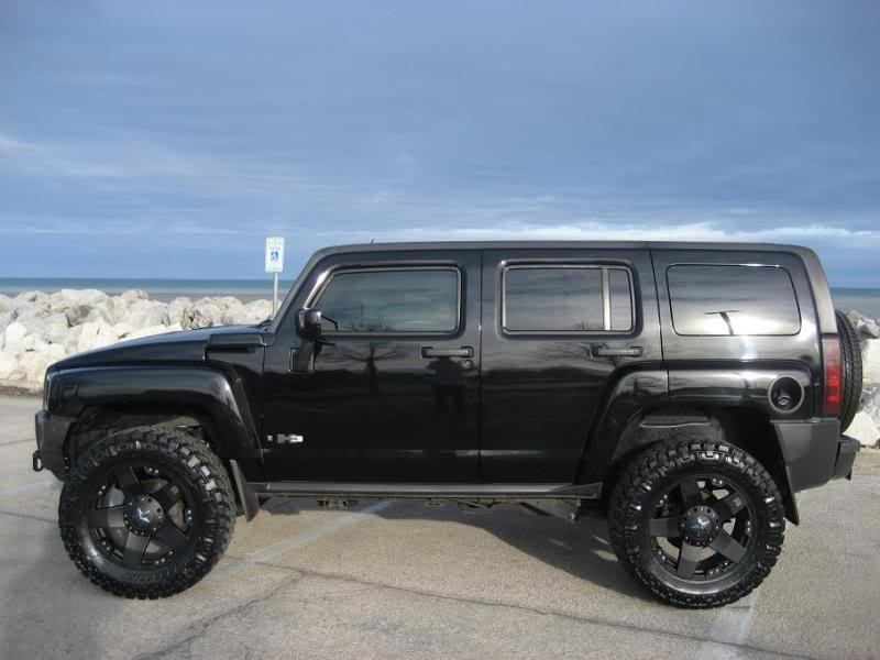 go big with this hummer h3 on new rockstar wheels. Black Bedroom Furniture Sets. Home Design Ideas