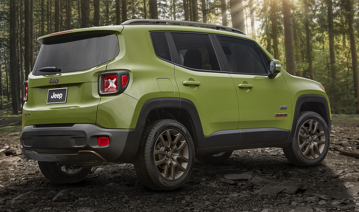 Jeep-Renegade-75th-Anniversary-off-road-wheels-and-tires-3.jpg