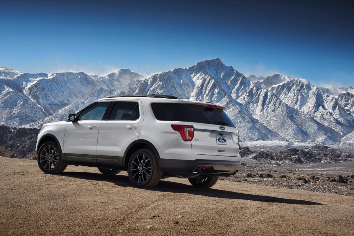 Custom Ford Explorer >> Get Fresh Custom Wheels With The Explorer Xlt Sport Package