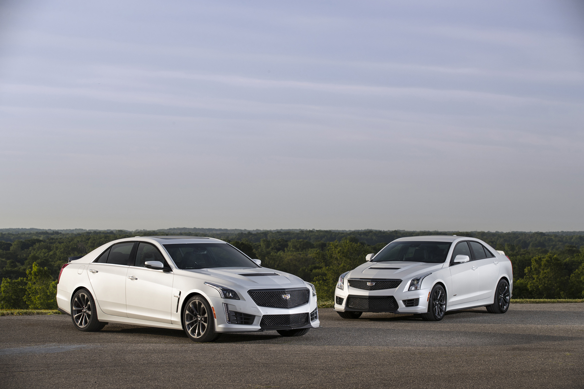 Cadillac Adds Black Wheels And Rims In The Carbon Black Pack