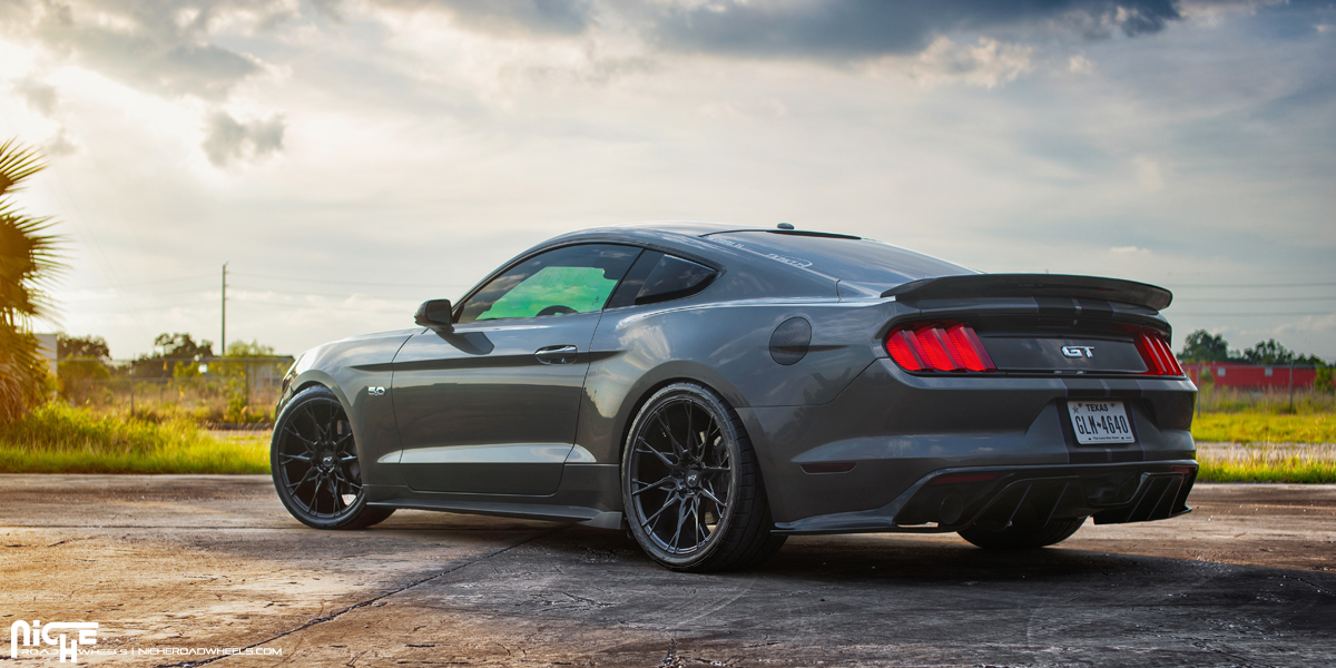 Niche Wheels Mustang >> Rip Some Burnouts With This Mustang On Niche Wheels