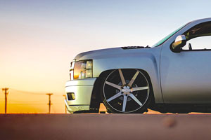 Chevrolet Silverado 1500 DUB Future - S127 Wheels