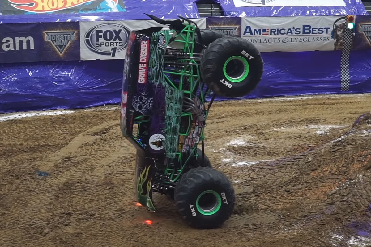 Watch Grave Digger Set a new Record for Nose Wheelie!