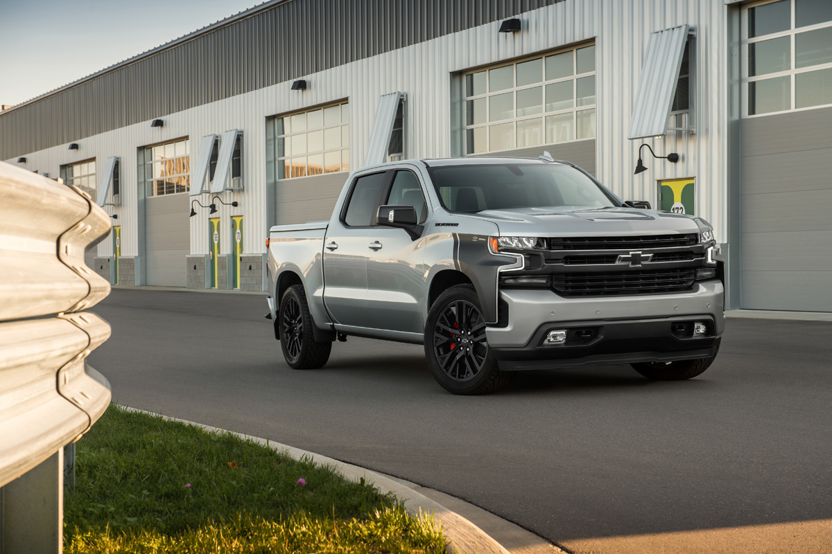Chevy Silverado Rst Street Puts The Power To The Truck Rims