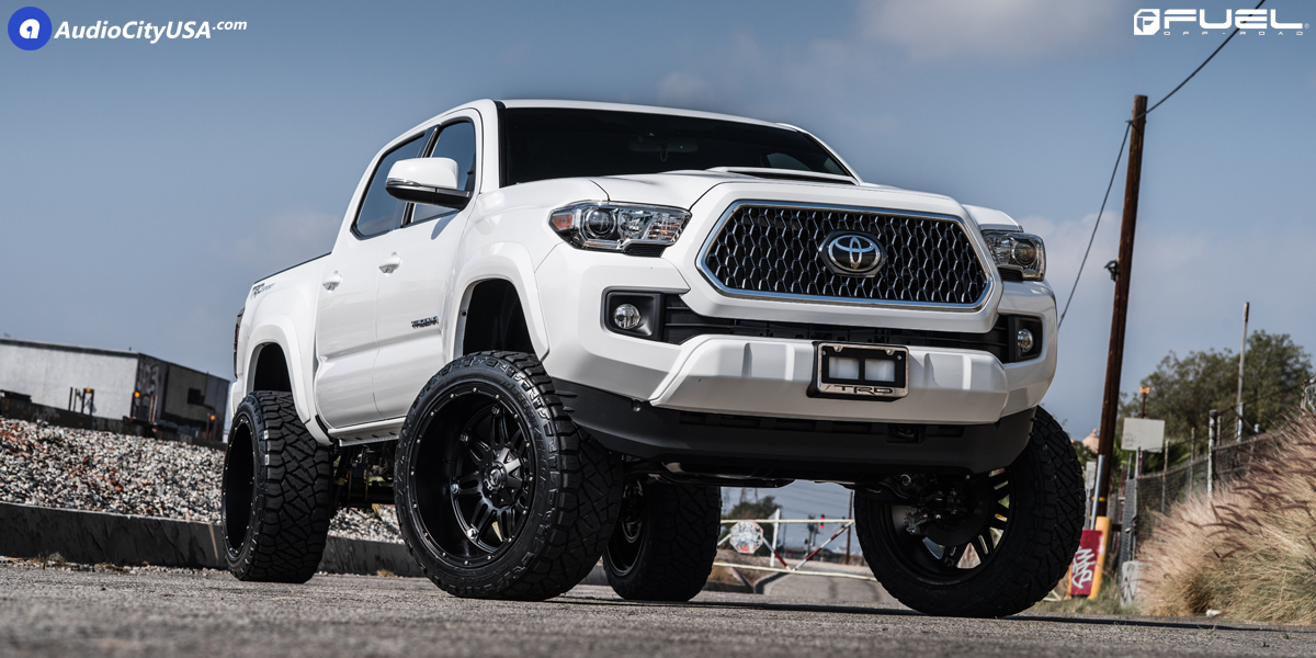 Toyota Tacoma with Fuel Hostage - D531 Wheels