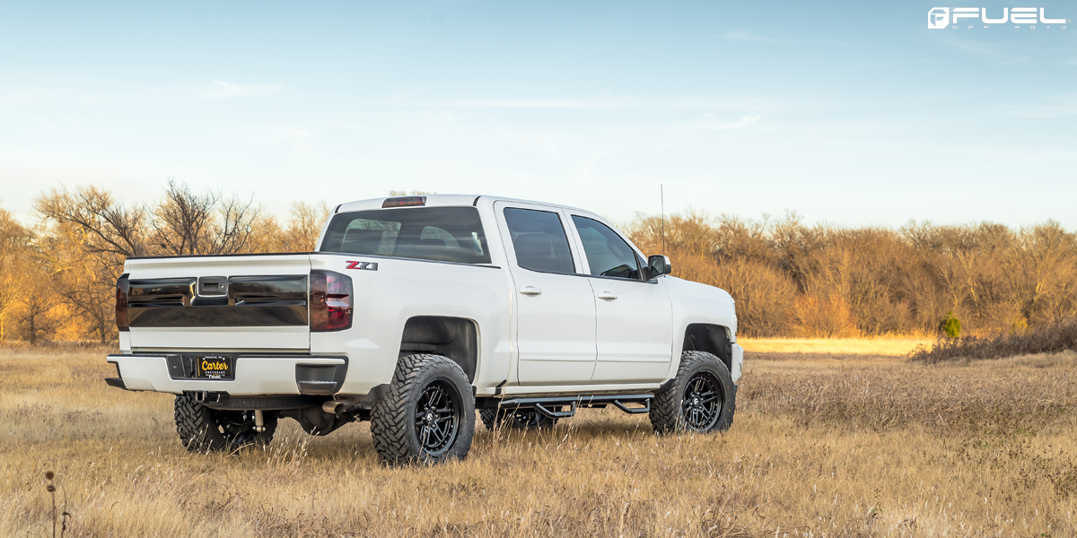 Chevrolet Silverado 1500 on Fuel Nitro - D667 Wheels