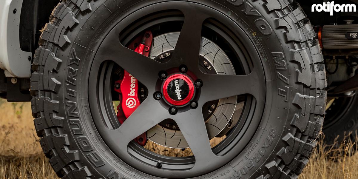 Ford F-150 Raptor Rotiform ROC-OR Wheels