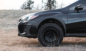 Subaru XV Crosstrek with Fuel Zephyr - D633 wheels