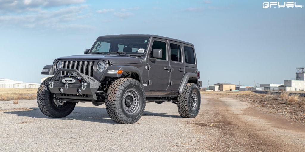 Jeep Wrangler with Fuel Militia - D726 Rims