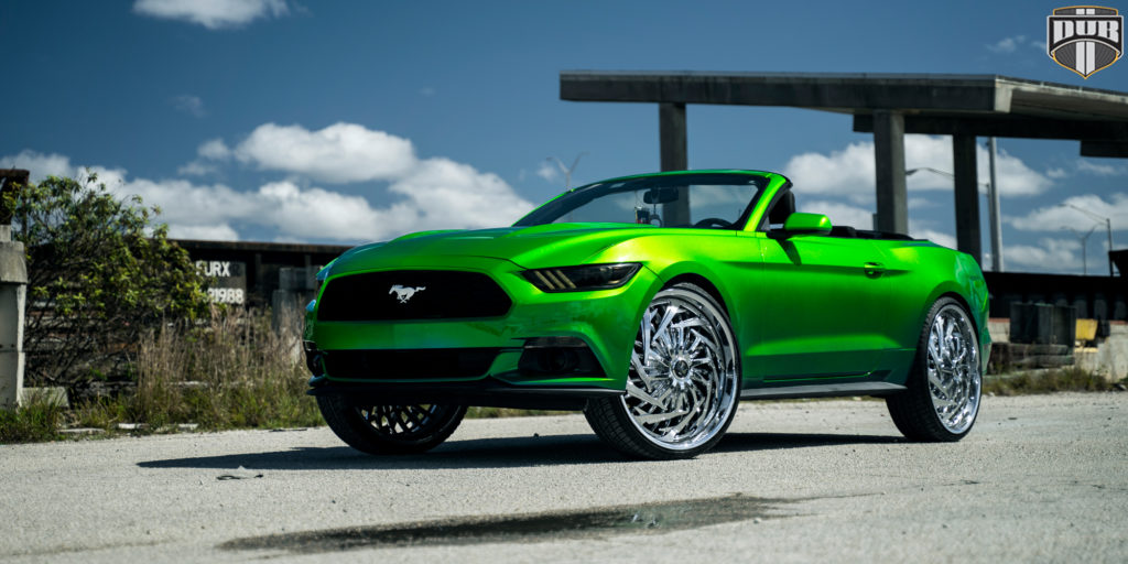 Ford Mustang with DUB Trance – S826 Wheels