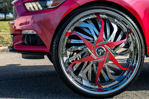 Ford Mustang Convertible with DUB Sleeper – S179 Rims