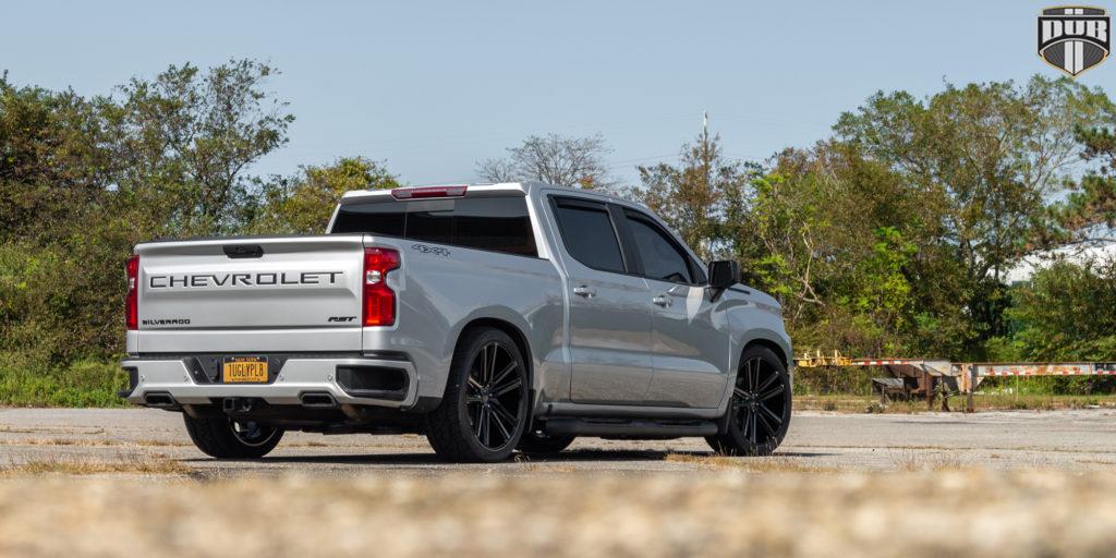 Chevrolet Silverado RST with DUB Flex – S256 wheels