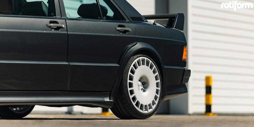 Mercedes-Benz 190E 2.3-16 Rotiform VCE Wheels