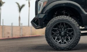 Ford F-250 Super Duty with Fuel Twitch – D769 wheels and Nitto Trail Grappler Tires