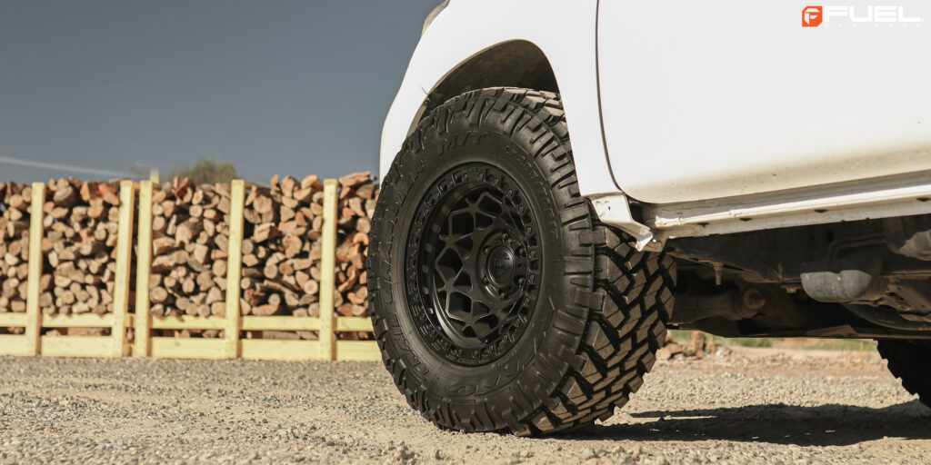 Lexus GX with Fuel Unit – D786 rims with Nitto Trail Grappler Tires