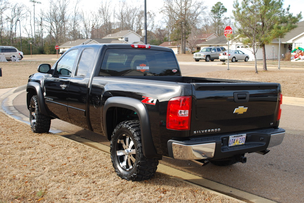 Chevy Silverado 1500 with new Ultra Wheels is Just Right ...