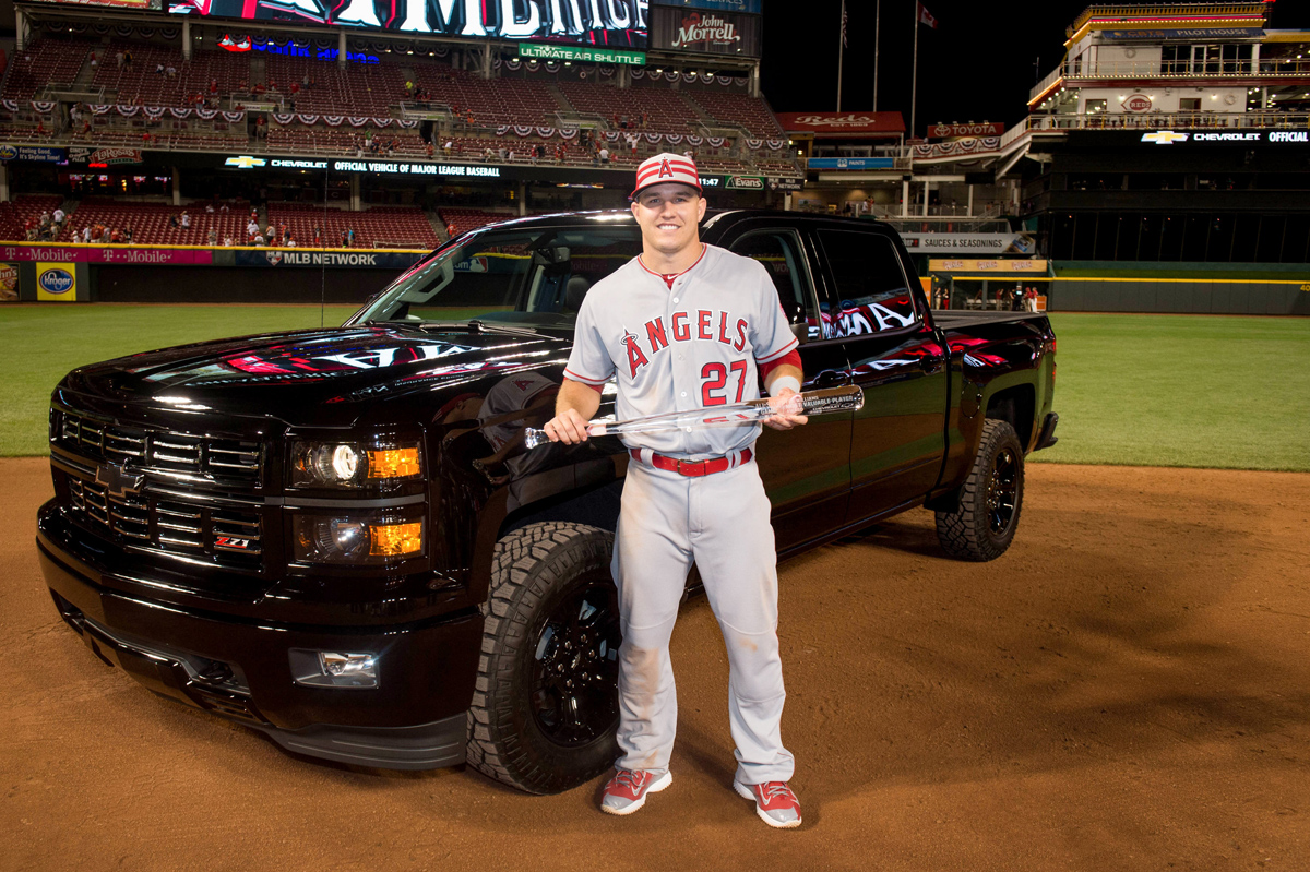 Mike Trout Wins A Silverado With Custom Wheels At Mlb Asg