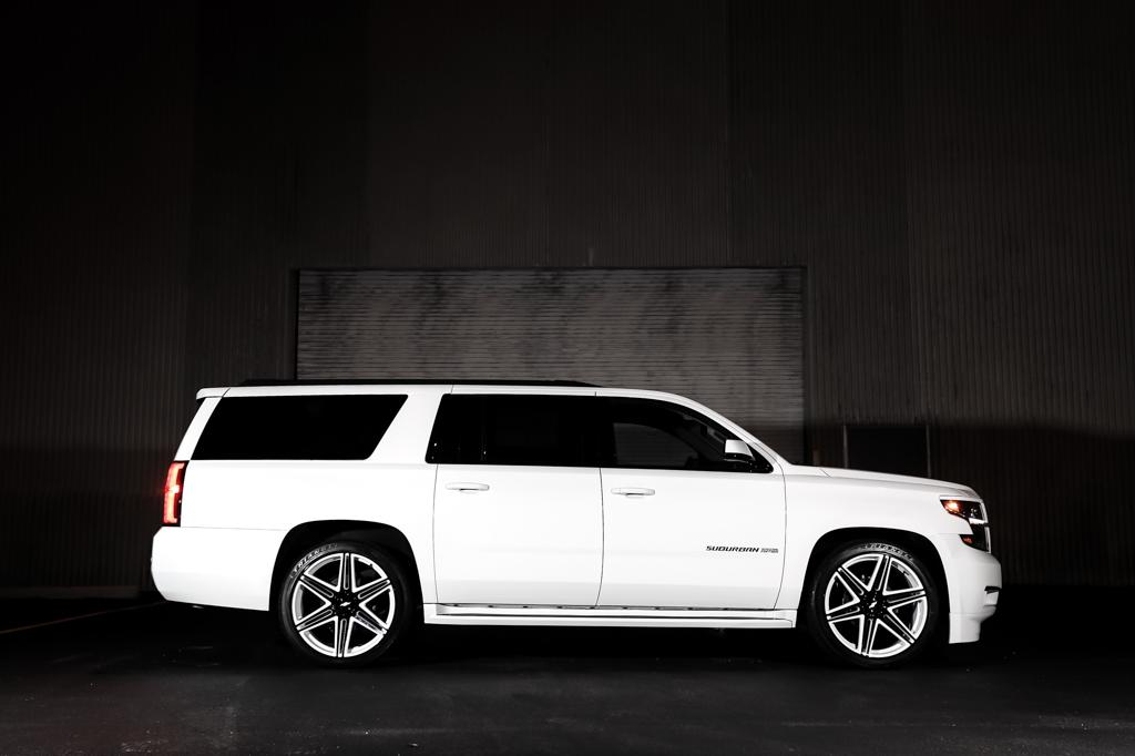 Chevrolet Suburban DUB Skillz wheels
