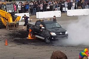 Toyota Hilux burnout rims and tires flames
